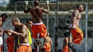 prisonersworkingout